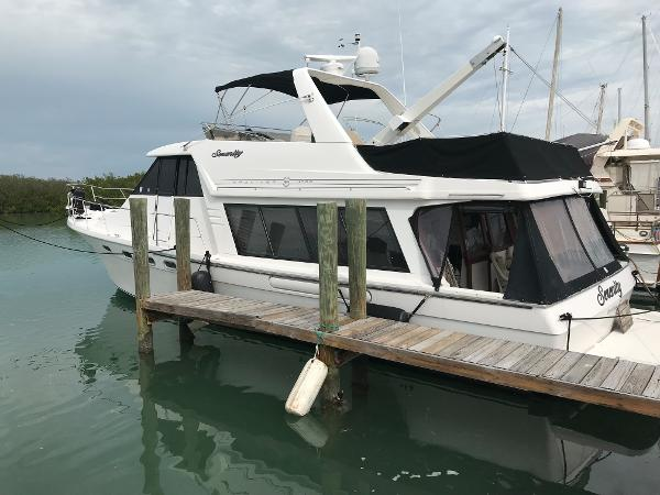 Bayliner 4788 Pilothouse Motor Yacht