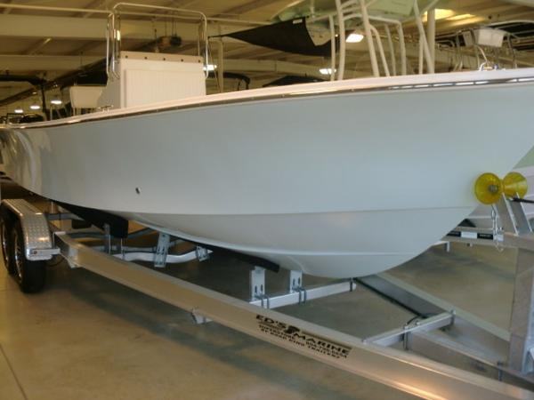 C-HAWK BOATS 22 / 220 Center Console