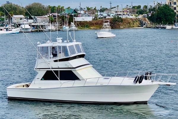 Viking 45 Convertible 1990 45 Viking - Profile