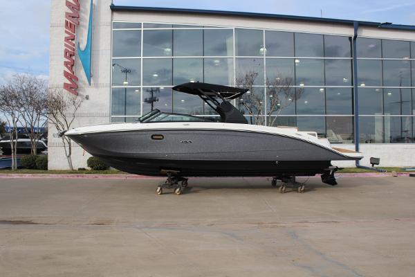 Sea Ray SDX 290