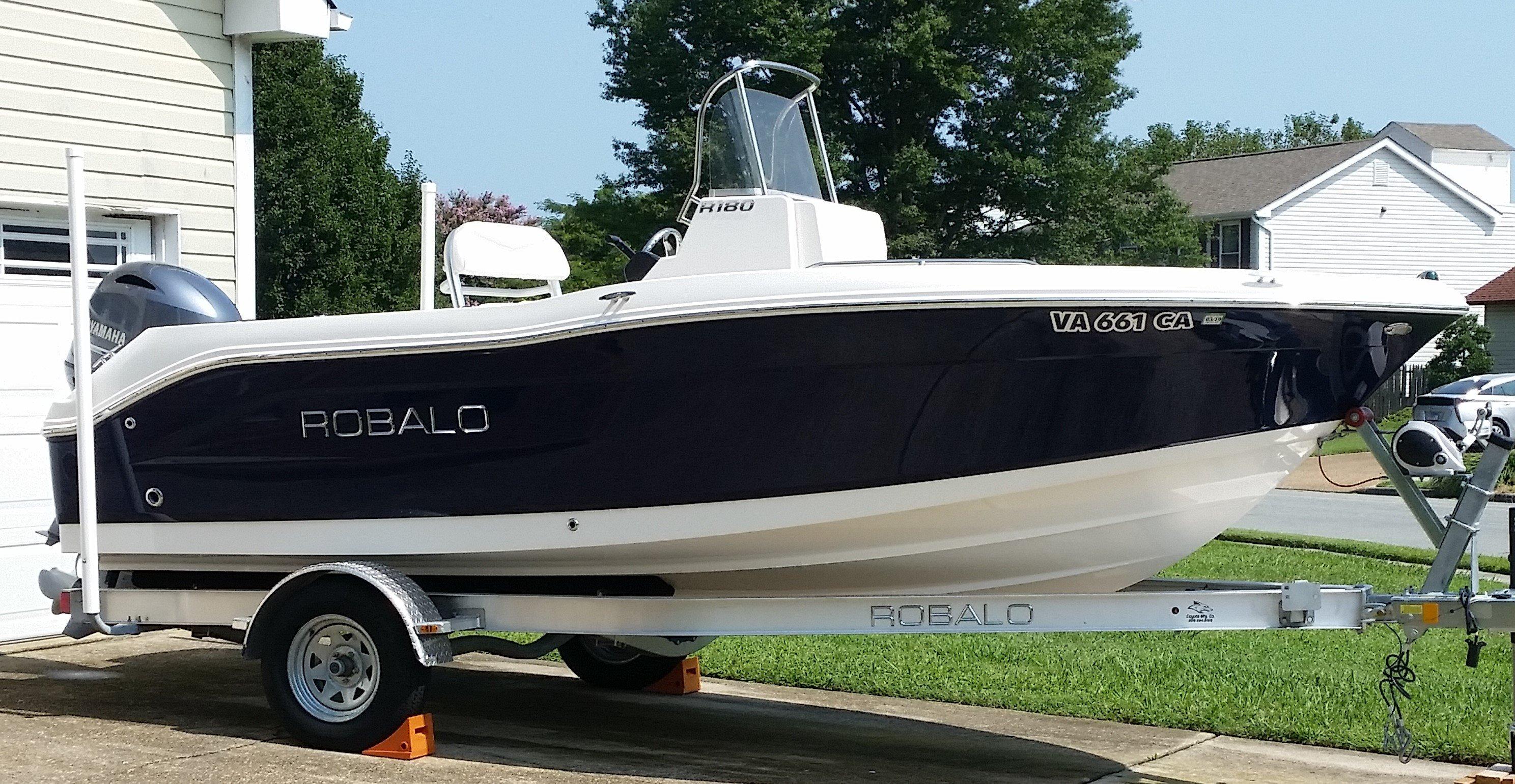 Robalo R-180