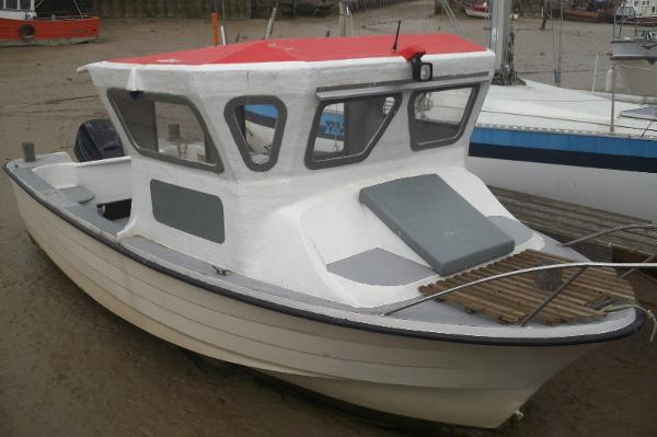 Shetland 17 - Custom Fishing Boat Moored