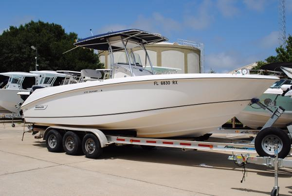 Boston Whaler 270 Outrage BOSTON-WHALER-270-OUTRAGE-CENTER-CONSOLE-USED-BOAT-FOR-SALE