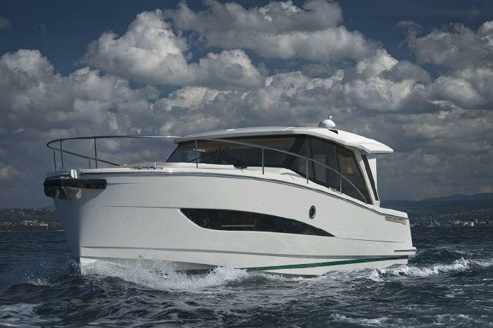 Greenline 39 Hybrid