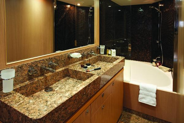 Princess Flybridge 85 Motor Yacht Master Stateroom Bathroom