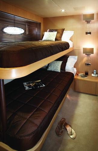 Princess Flybridge 85 Motor Yacht Master Twin