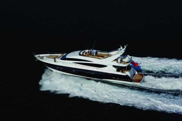 Princess Flybridge 85 Motor Yacht Running Shot