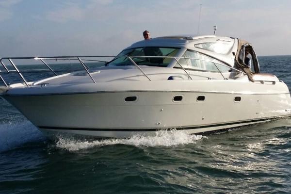 Jeanneau Prestige 34 At Sea