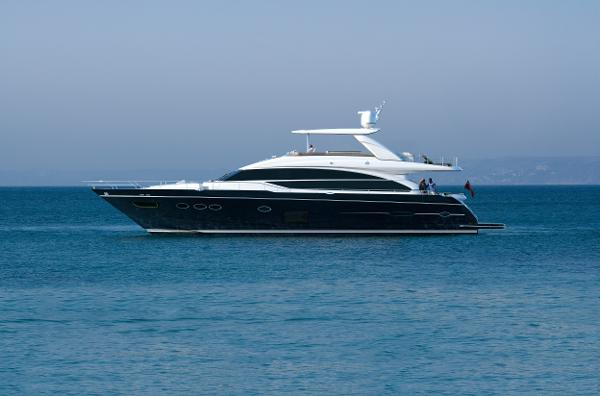 Princess Flybridge 82 Motor Yacht Side View