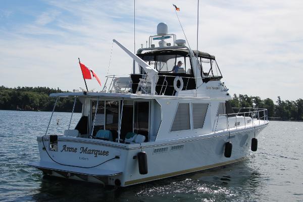 Canoe Cove 53' Sport Sedan