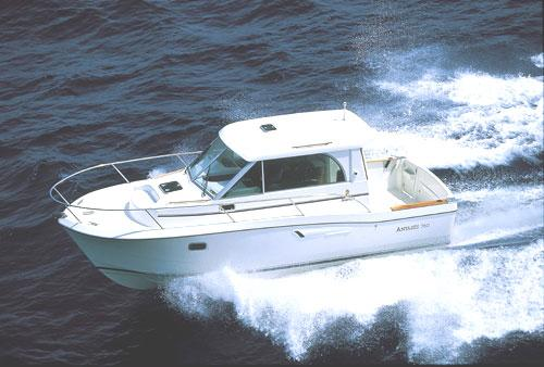 Beneteau Antares 7.60 Manufacturer Provided Image: Antarès 7.60