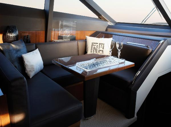 Princess Flybridge 78 Motor Yacht Dinette