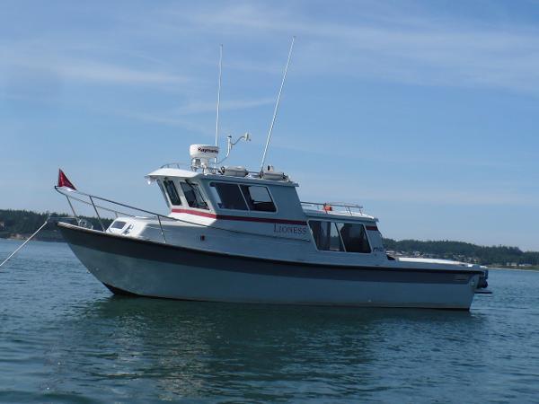 SeaSport Pilot 2700