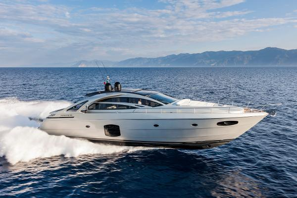 Pershing 70 2015 Pershing 70- Profile