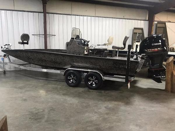 Xpress Boats H24B