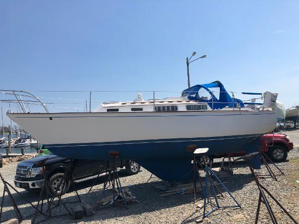 Sabre 30 Port Profile