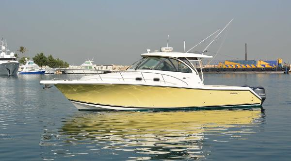 Pursuit 385 OS Motor Yacht