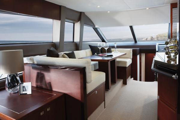 Princess Flybridge 64 Motor Yacht Dinette