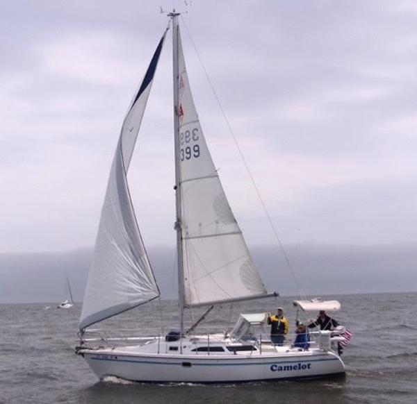 Catalina 28MKII Camelot Under Sail