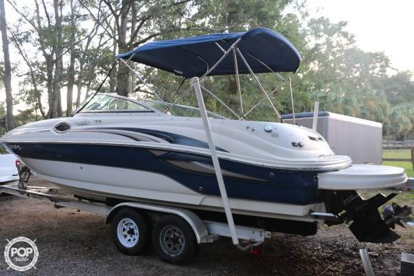 Sea Ray 240 Sundeck 2004 Sea Ray 240 Sundeck for sale in Beaufort, SC