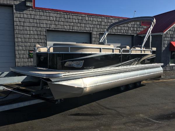 Tahoe Pontoon GT Cruise - 23'
