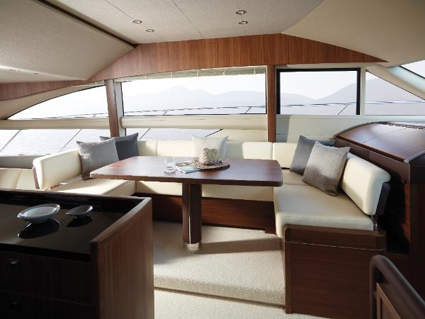 Princess Flybridge 56 Motor Yacht Dining Area