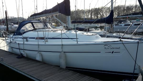 Bavaria 32 2004 Bavaria 32 for sale