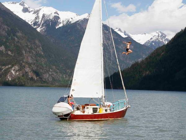 Sailboat Snowbird 30 Sloop