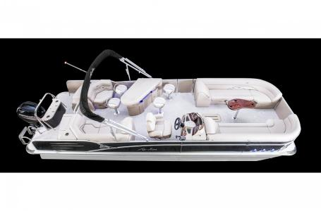 Avalon Catalina Entertainer 25'