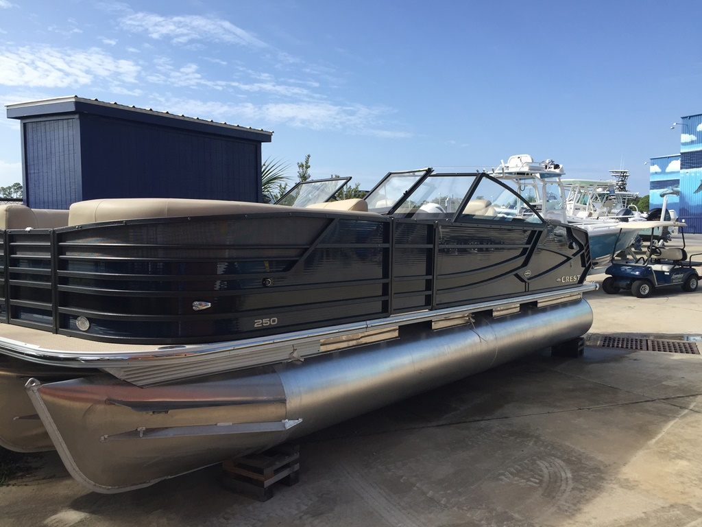 Crest Pontoon Boats 250 Continental