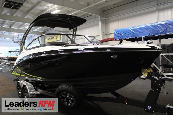 Yamaha Boats 212 X
