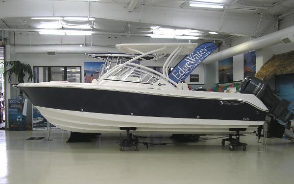 Edgewater 248 CX Sister Ship