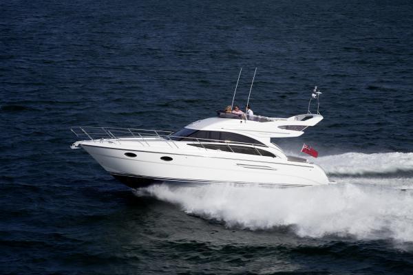 Princess Flybridge 42 Motor Yacht Running Shot