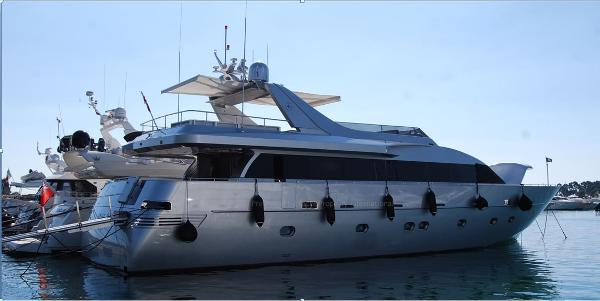 Admiral 28 Fly