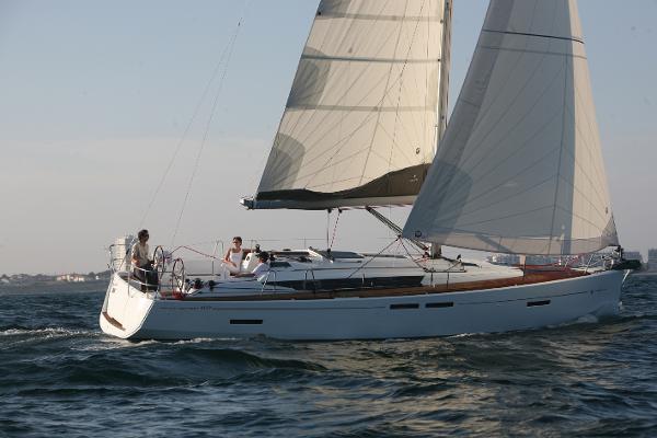 Jeanneau Sun Odyssey 409 At Sea