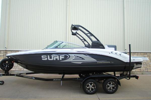 Chaparral 23 Surf
