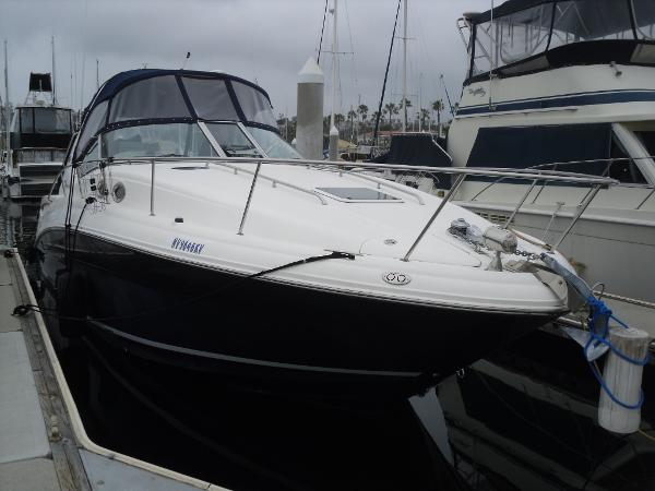 Sea Ray 320 Sundancer Stbd View