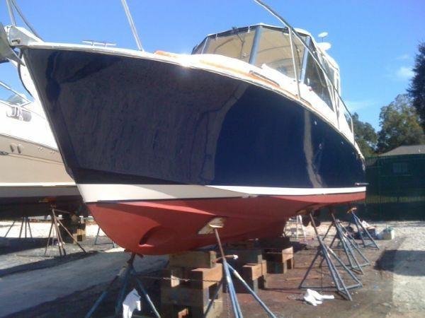 Legacy Yachts Express