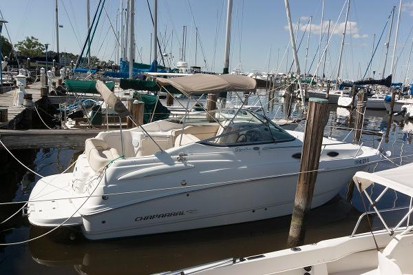 Chaparral 240 Signature Profile
