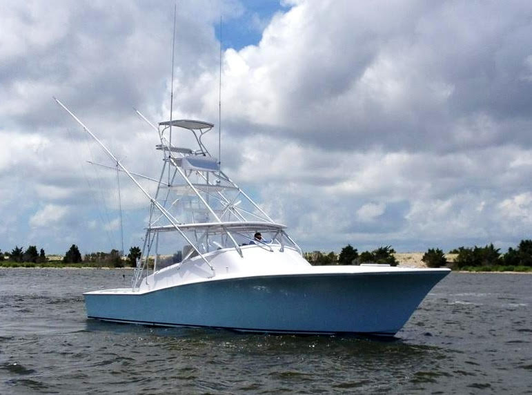 Custom Carolina Island Boatworks, 41 express 41' Island Boat Works Express, stbd bow