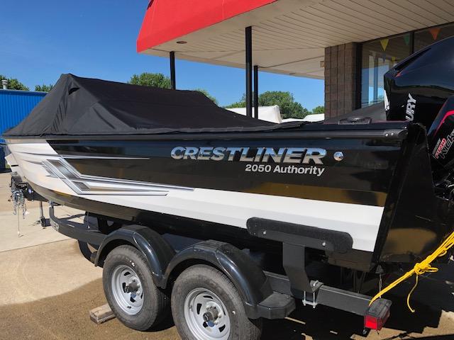 Crestliner 2050 Authority