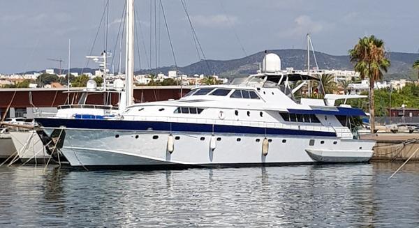 Custom Lavagna Shipyard 120