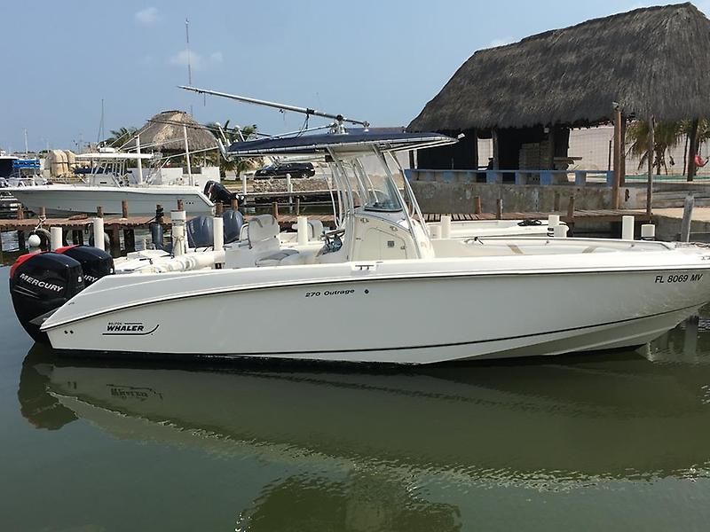 Boston Whaler 270 Outrage IMG_6749 (Copy).jpg