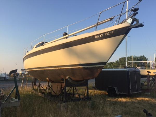 Tanzer 10.5 Pilothouse