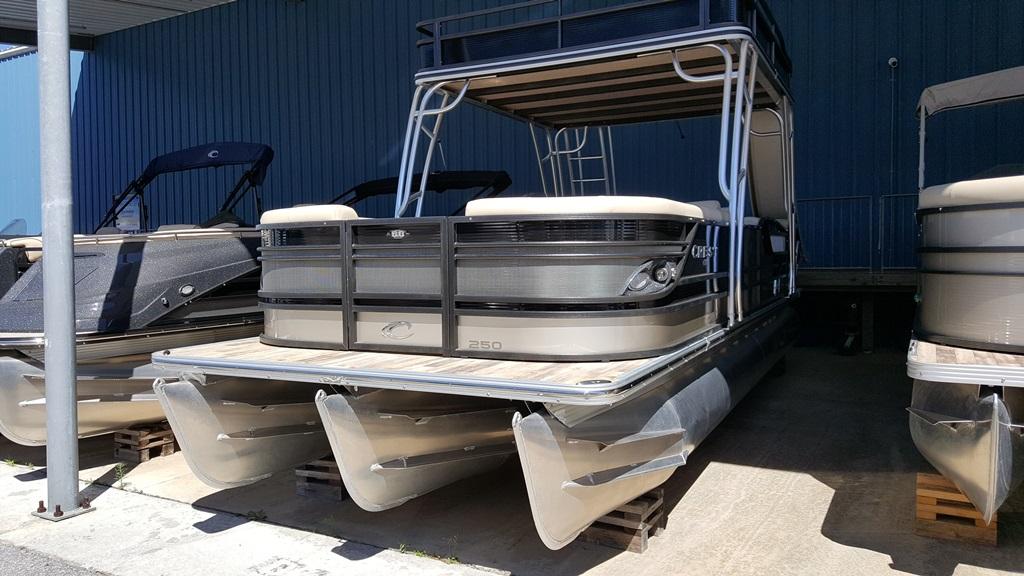 Crest Pontoon Boats Classic 250 DD