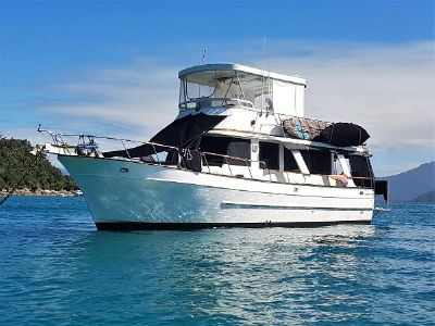 Pacific Boats 40