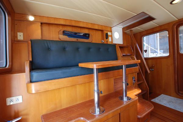 Pilothouse Captain's Berth With Table