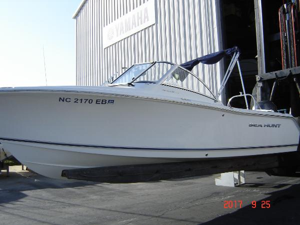 Sea Hunt 211 LE ESCAPE