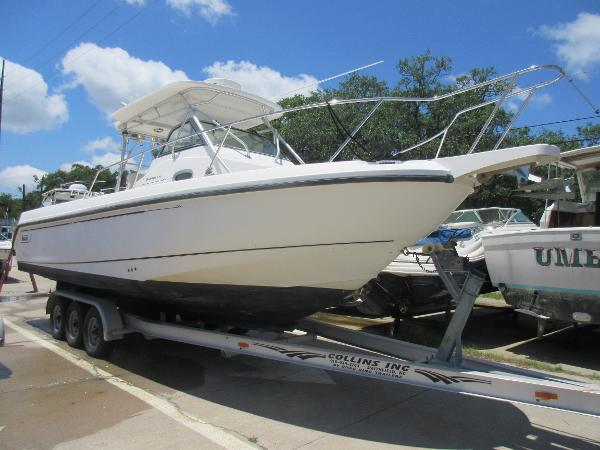 Boston Whaler 290 Outrage WA