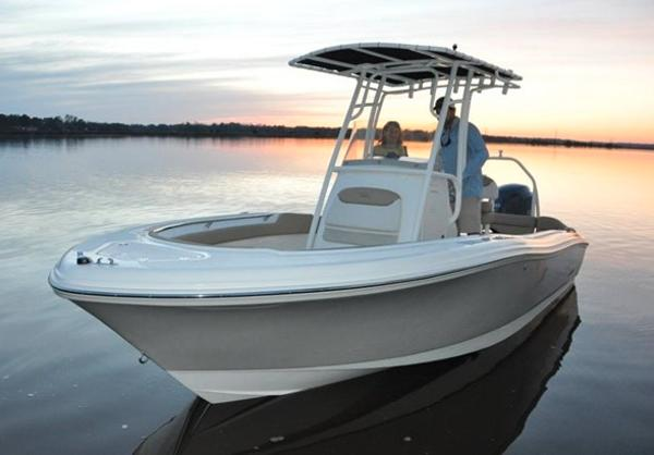 Pioneer 202 Islander Manufacturer Provided Image: Manufacturer Provided Image